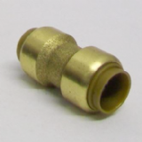 Brass 15mm Push Fit Straight Pipe Coupling - 27011500